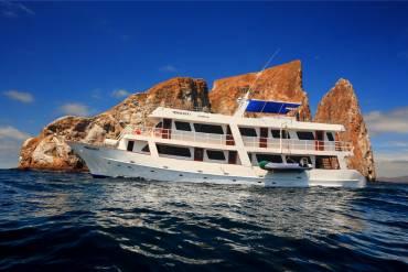 Monserrat-galapagos-cruise