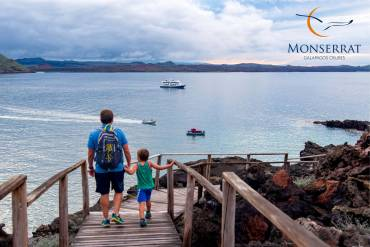 Monserrat-Galapagos-Cruises-Guest-Experience-Families-8