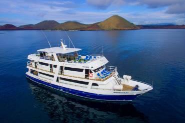 Monserrat-Galapagos-Cruises-Panoramic 2021-14