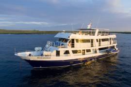 Monserrat-Galapagos-Cruises-Panoramic 2021-5